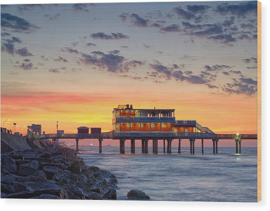 Sunrise At The Pier - Galveston Texas Gulf Coast Wood Print