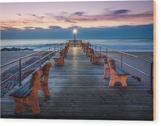 Sunrise At The Pier Wood Print
