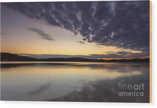 Sunrise On The Lake Wood Print