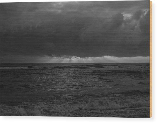 Sunrise Black And White Wood Print