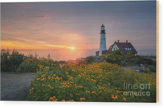 Sunrise Bliss At Portland Lighthouse Wood Print