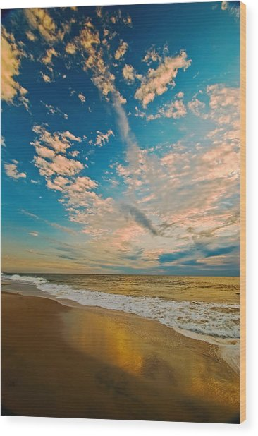 Sunrise Coming At The Shore. Wood Print by Bill Jonscher