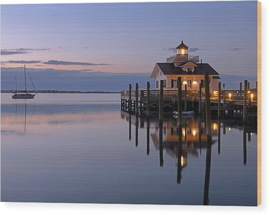 Sunrise In Manteo Wood Print