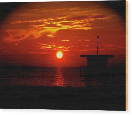 Sunrise In Miami Beach Wood Print