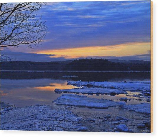 Sunrise In New Brunswick Wood Print