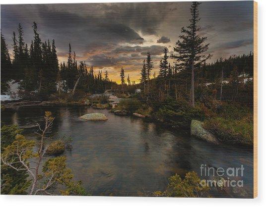 Sunrise In The Indian Peaks Wood Print