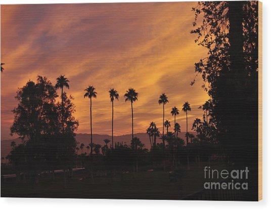 Sunrise Looking East Towards Mecca Wood Print