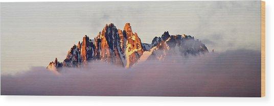Sunrise On An Island In The Sky Wood Print