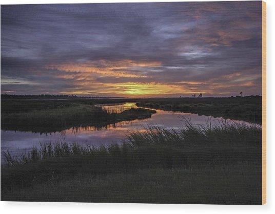 Sunrise On Lake Shelby Wood Print