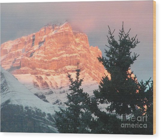 Sunrise On The Mountain Wood Print
