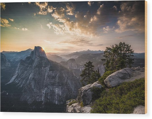Sunrise Over Half Dome At Glacier Point Wood Print
