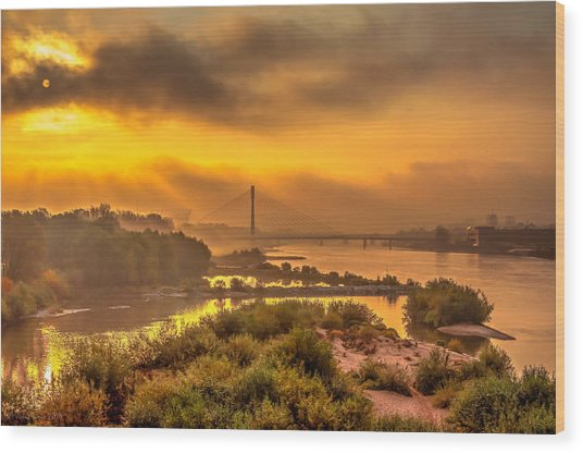 Sunrise Over Swiatokrzyski Bridge In Warsaw Wood Print