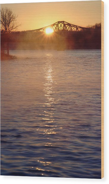 Sunrise Over Table Rock Wood Print