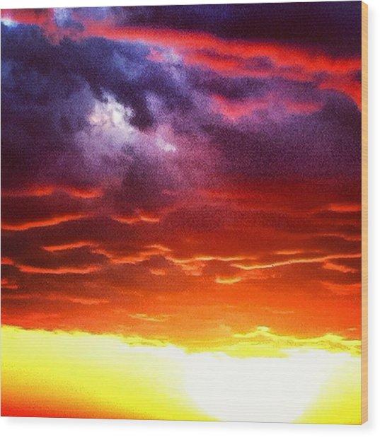 Suns Airbrush Wood Print by Jake Harral