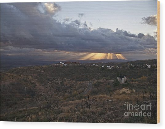 Suns Rays After Sunrise From Jerome Arizona Wood Print