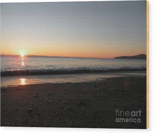 Sunset At Gordons Beach Wood Print by Val Carosella