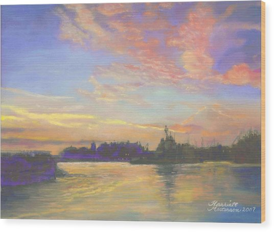 Sunset At Victoria Harbor Wood Print