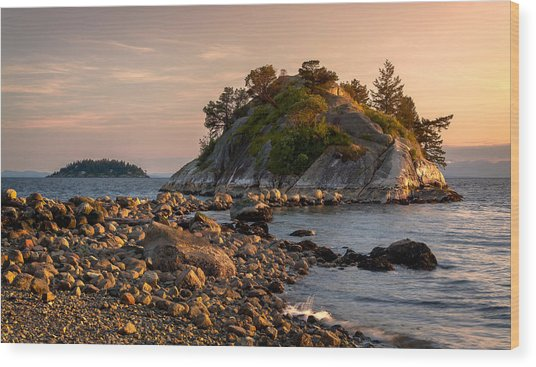 Sunset At Whyte Islet Wood Print