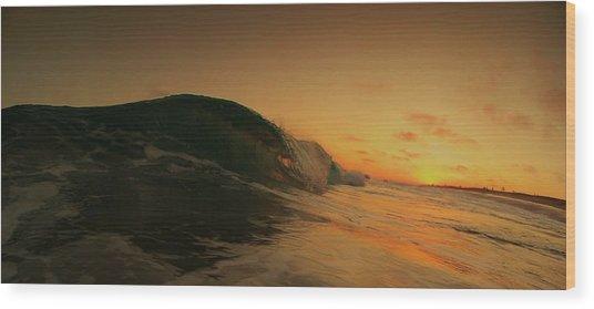 Sunset Curl Wood Print by Daniel Rainey