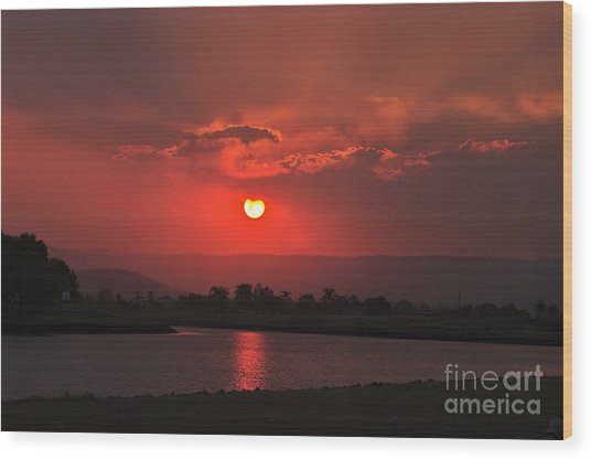 Sunset Over Hope Island Wood Print