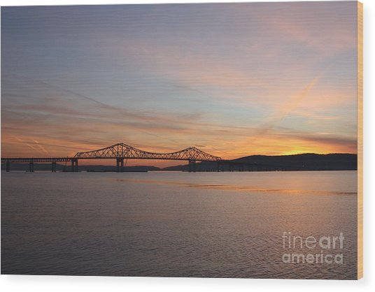 Sunset Over The Tappan Zee Bridge Wood Print