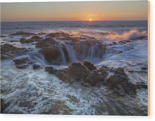 Sunset Over Thor's Well Along Oregon Coast Wood Print
