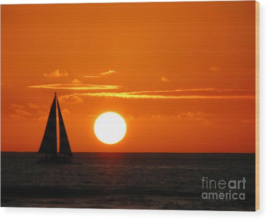 Sunset Sailing Wood Print