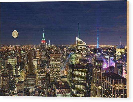 Supermoon Over Manhattan Wood Print by Lee Dos Santos