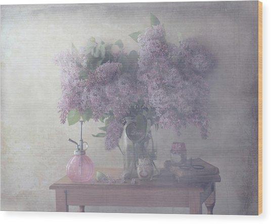 Sweet Lilacs Wood Print by Delphine Devos