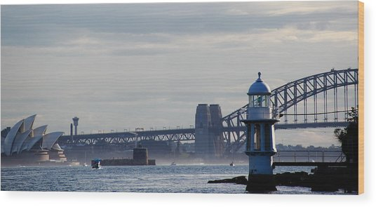 Wood Print featuring the photograph Sydney Harbour by Debbie Cundy