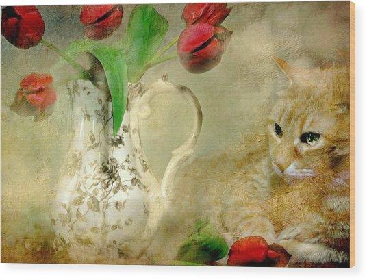 Tabby And Tulips Wood Print