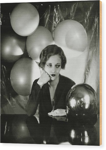 Tallulah Bankhead Surrounded By Balloons Wood Print by Cecil Beaton