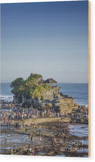 Tanah Lot Temple In Bali Indonesia Coast Wood Print
