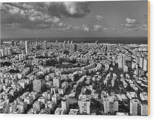 Tel Aviv Center Black And White Wood Print