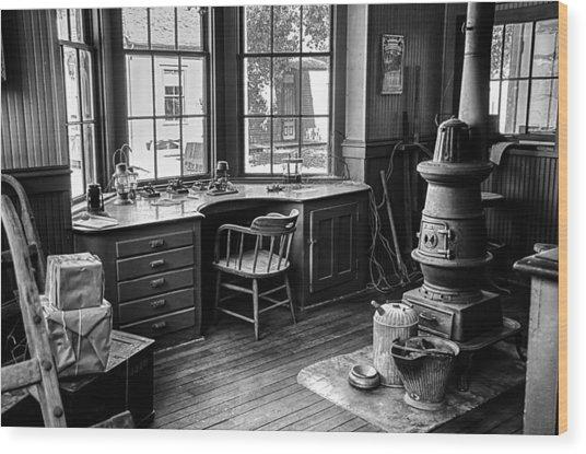 Telegraph Office Wood Print