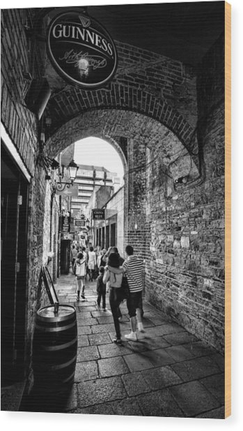 Temple Bar Dublin Ireland Wood Print