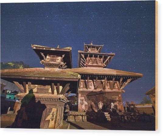 Temple Of Panauti Wood Print by Babak Tafreshi/science Photo Library