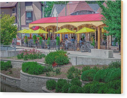 Terrace Dining On The Monon Trail Wood Print