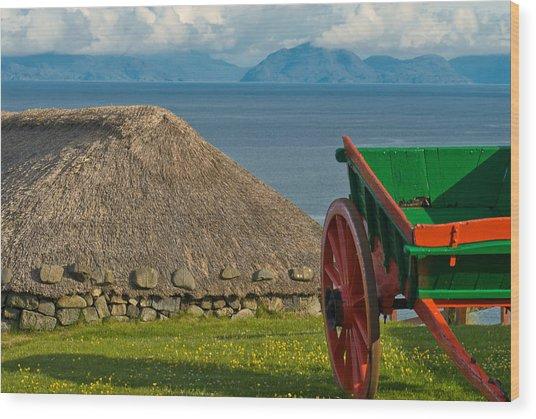 Thatched Cottage In Kilmuir Isle Of Skye Wood Print by David Ross