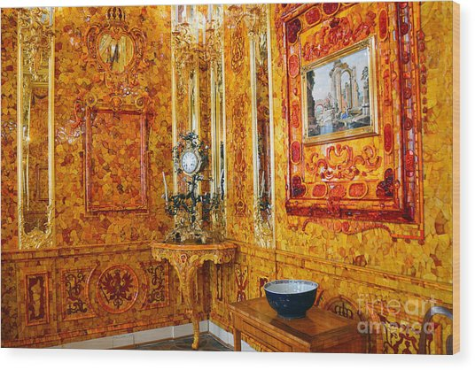 The Amber Room At Catherine Palace Wood Print