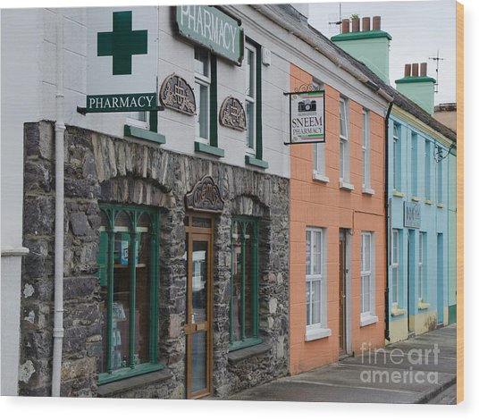 The Colors Of Sneem Wood Print