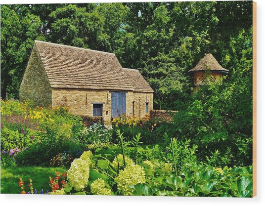 The Cotswald Barn And Dovecove Wood Print