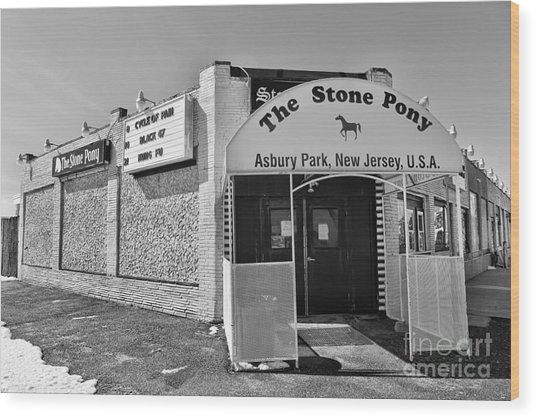 The House That Bruce Built - The Stone Pony Wood Print by Lee Dos Santos