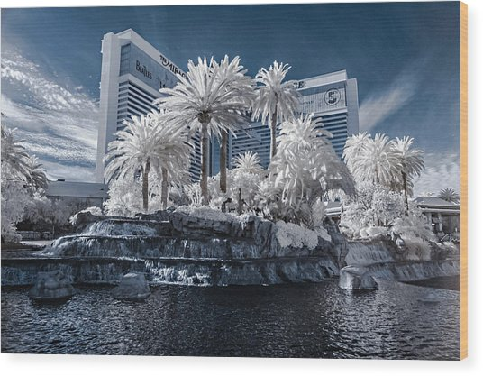 The Mirage In Infrared 2 Wood Print