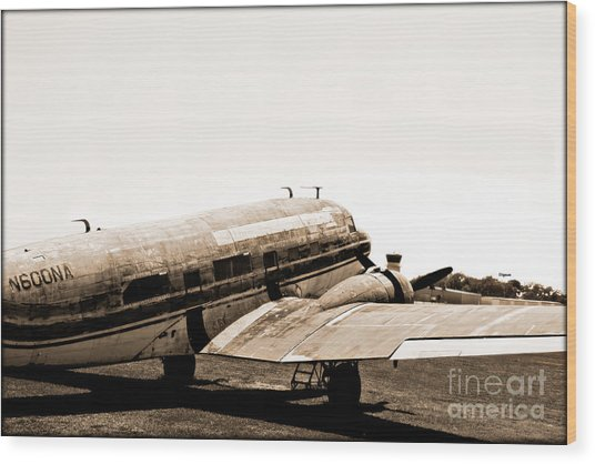The Old Dc3 Wood Print by Steven Digman