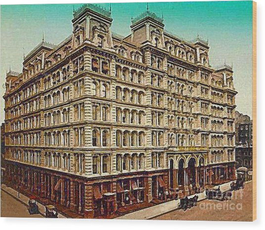 The Park Avenue Hotel In New York City In 1910 Wood Print by Dwight Goss
