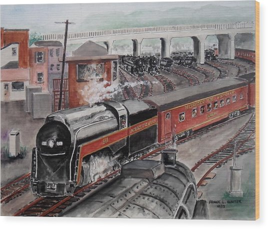 The Powhatan Arrow Roars Through The Yards Into Portmouth Wood Print
