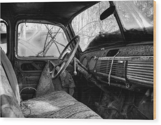 The Seat Of An Old Truck In Black And White Wood Print