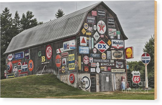 The Sign Barn Wood Print
