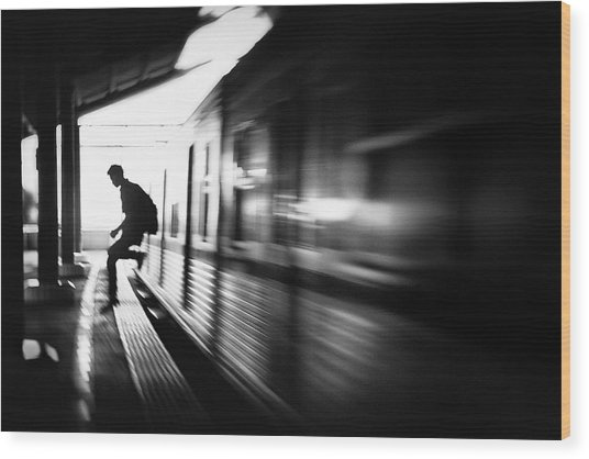 @the Station: Rush Arrival Wood Print